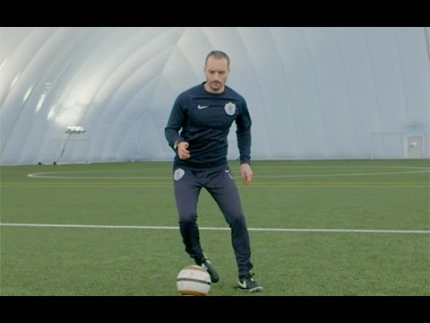 The Flip Flap | Telegraph Football Skills School