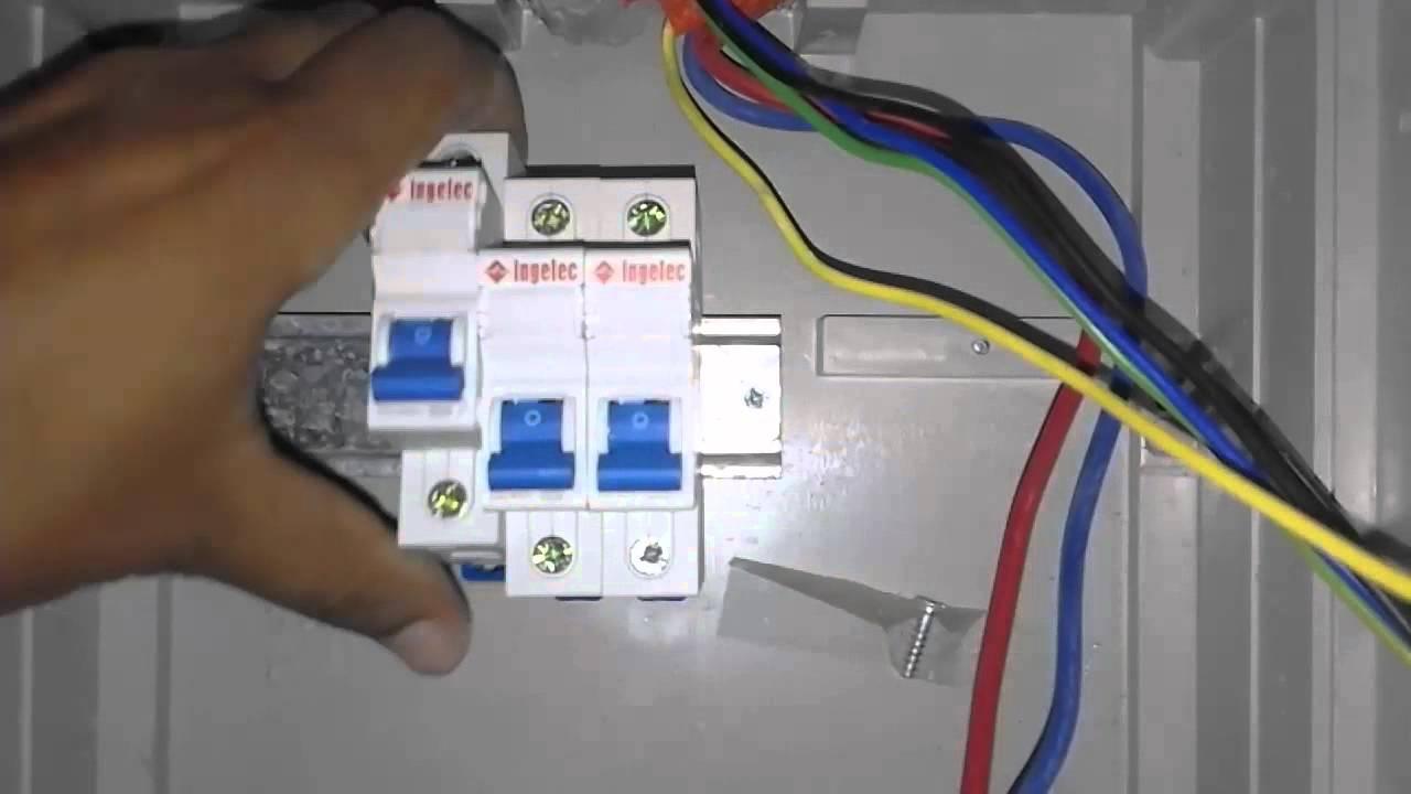 أنواع القواطع الكهربائية pdf
