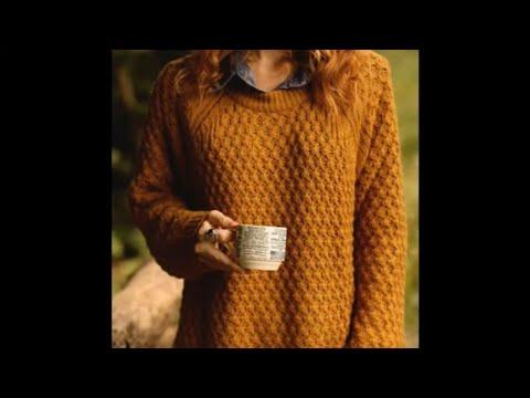 Теплый свитер женский спицами