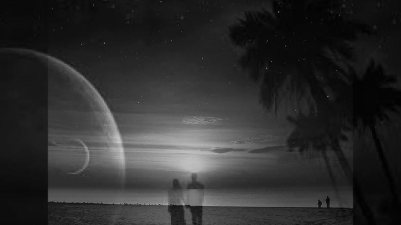 اما على ضو القمر كلمات