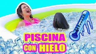 PREGUNTAS INCÓMODAS! Qué Youtuber Te GUSTA?! RETO RESPONDIENDO en PISCINA con HIELO - SandraCiresArt thumbnail