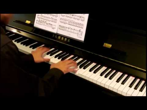 how to play b7 on piano