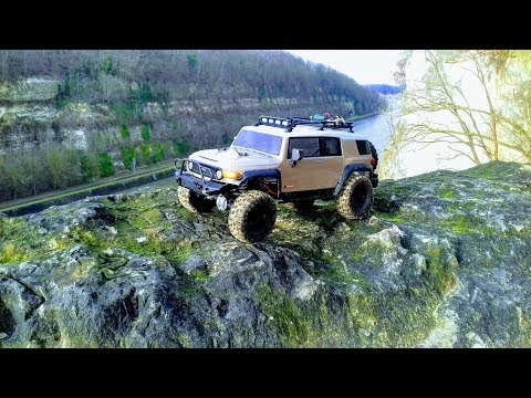 HPI Venture Toyota FJ Cruiser first time out on the trail