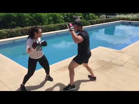 Cassandra Hili punches away the pounds in tough boxing workout   Daily Mail Online