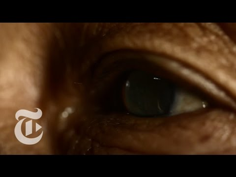 The Doctor Who Saved 100,000 Eyes | Nicholas Kristof | The New York Times