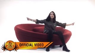 PUTRI SIAGIAN - Tarito (Official Music Video)