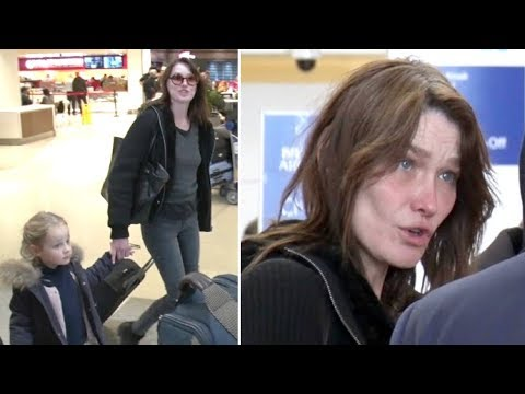 6a14e8f5a3 Former First Lady Carla Bruni Sarkozy Is Striking With NO Makeup At LAX