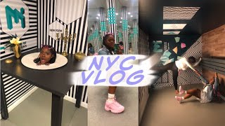 NYC VLOG || MUSEUM OF ILLUSIONS, BURGER & LOBSTER