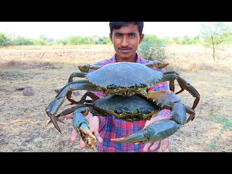 BIG GREEN SEA CRAB FIRE FRY AN AMAZING RANGERS RECIPE || HOW TO MAKE HEALTHY CRABS FRYING IN JUNGLE
