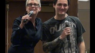 Jamie Lee Curtis Halloween HorrorHound Indianapolis Full HD Panel, November 17th, 2012. In 1080p HD!