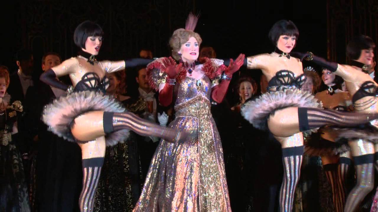 Holiday Presentation: Die Fledermaus