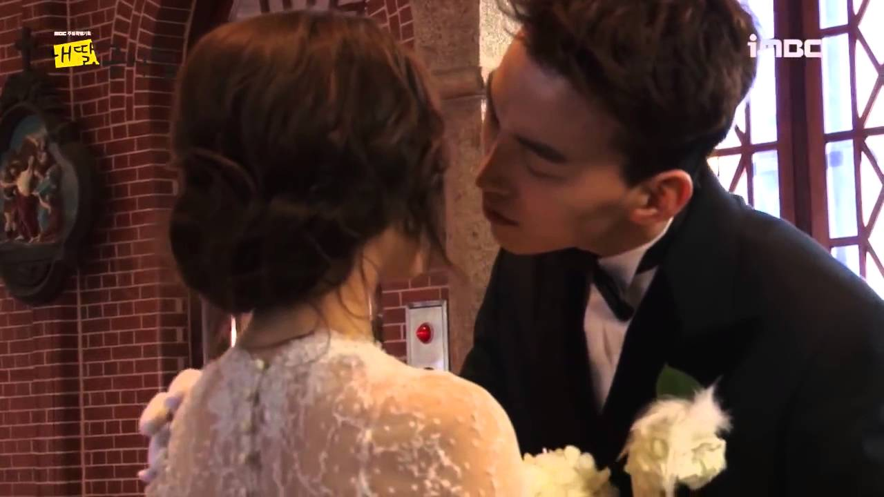 Download Park Se Young and Do Sang Woo kissing scene MDGSW BTS#7