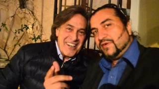 Angelo Sotgiu saluta i fans dei Ricchi e Poveri nel web  con il Salutatore
