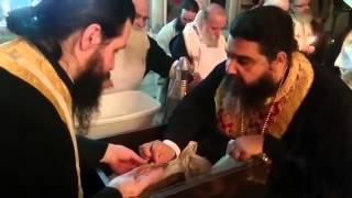 Омовение на честните мощи на новомъченик, свещеник Василий Карапаликис