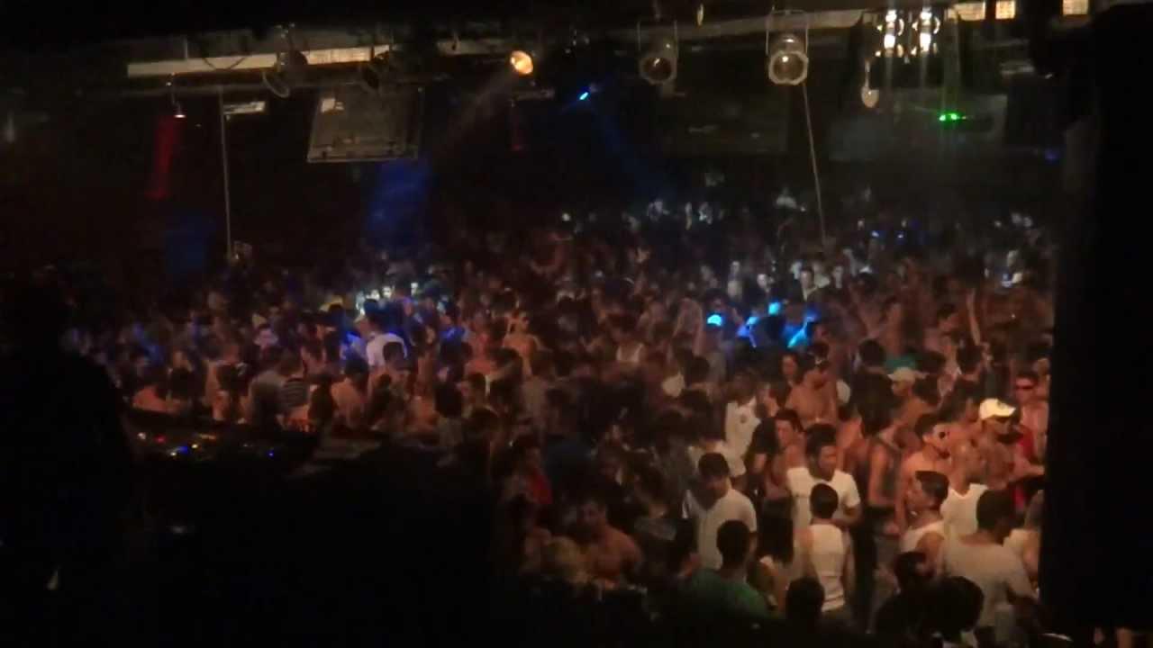 The week club rio de janeiro brazil youtube for Miroir nightclub rio