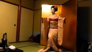 とし桃さんの踊り「祇園小唄」