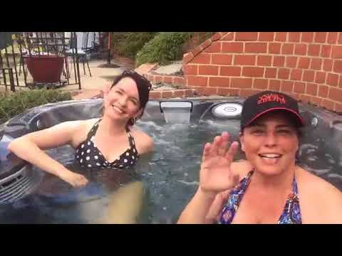 Tuesday Tub Talk with Guinevere Turner