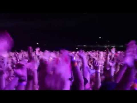 Madonna - MDNA Tour - Porto Alegre - Turn up the radio - 09/12/12