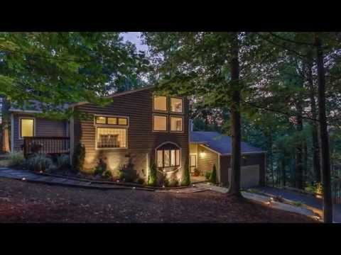 8837 Hwy 100 Nashville, TN 37221 - House For Sale