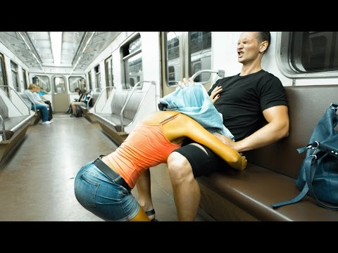 SEX IN SUBWAY ! PRANK !