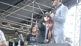 Funky Boss - Broken Social Scene (Beastie Boys Cover) @ Downsview Park 2011