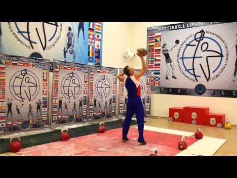 Игорь Губинов. Жонглирование гирей на чемпионате Европы 2015