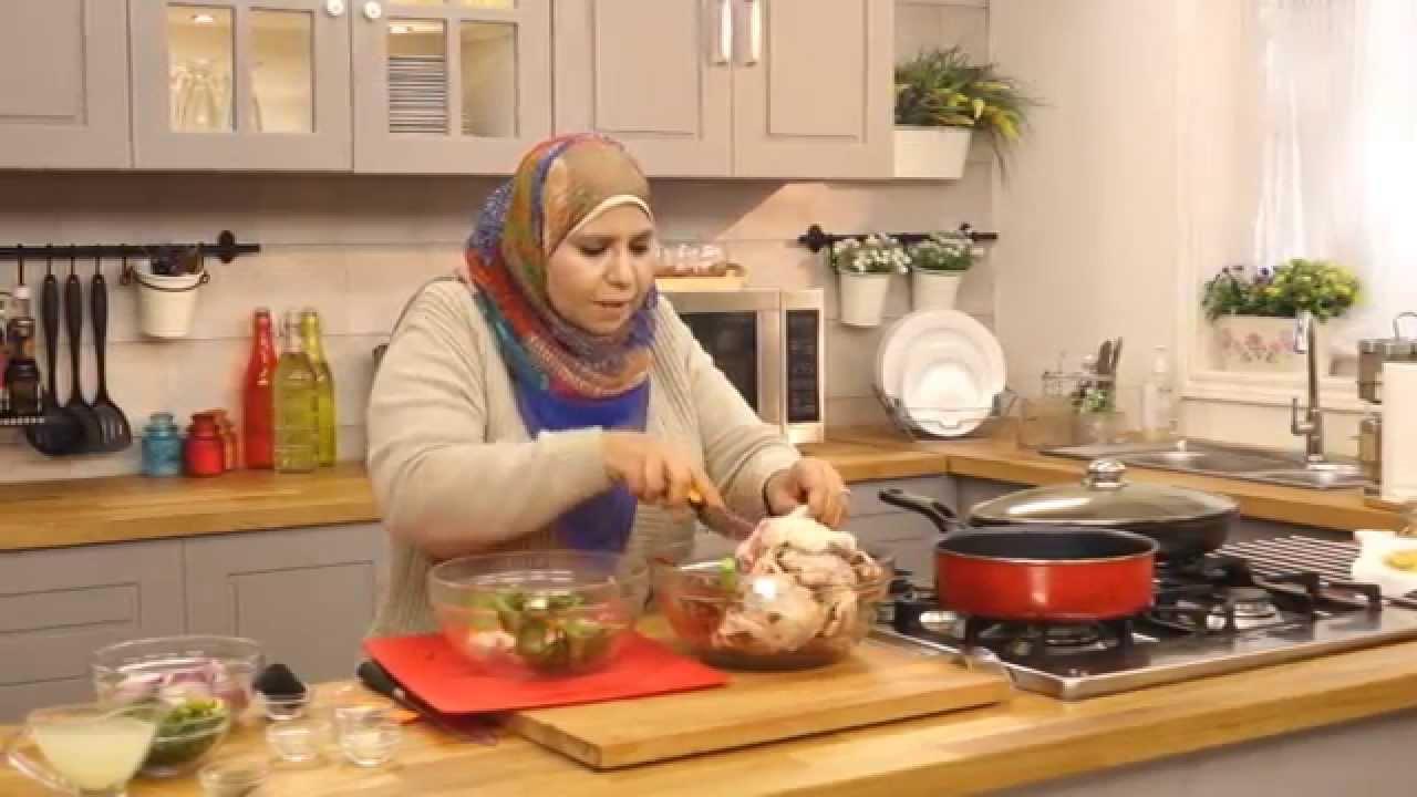 تفاح  حلو مقلي و اوراك دجاج بالفلفل الاحمر مع منال رشاد فى الأكل البيتى (الجزء الأول)
