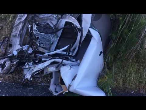 2 survive horrific crash on Hwy 101