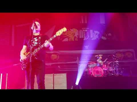 blink-182 - Feeling This @ Las Vegas residency night 1