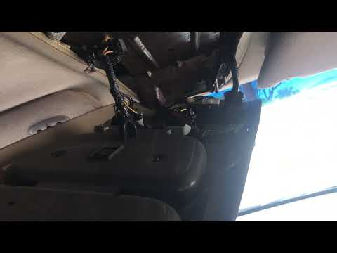 2001 Ford Expedition Overhead Console Removal