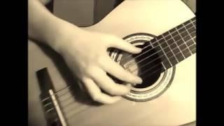 В траве сидел кузнечик...( на гитаре на одной струне)