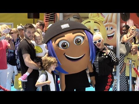 "Christina Aguilera, Matthew Rutler ""The Emoji Movie"" World Premiere"