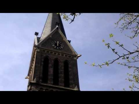 Ohligs (D), kath. Kirche St.Joseph - Angelus um 12:00 Uhr