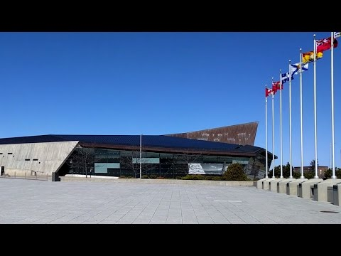 Tour of the Canadian War Museum in Ottawa, Canada