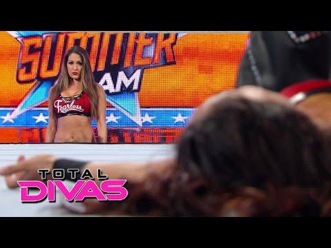 Nikki Bella turns on Brie Bella at SummerSlam: Total Divas, January 4, 2015