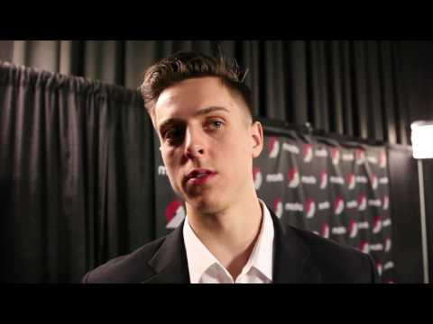 Portland center Zach Collins introduced at Trail Blazers press conference