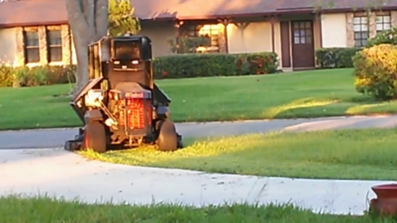 ZERO TURN MOWER 72` BOBCAT WITH CABIN A/C VIDEO 2 by VELEZ SERVICES LLC