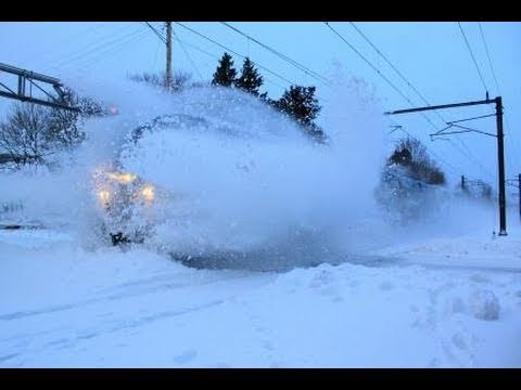 Thumbnail: AWESOME! Amtrak P42's Blow through a Snow Bank at a Crossing on the NEC!!