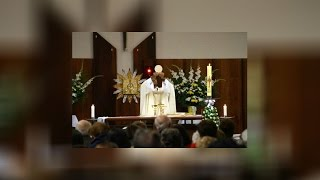 Catholic Priest brutally attacked with knife before Mass HD