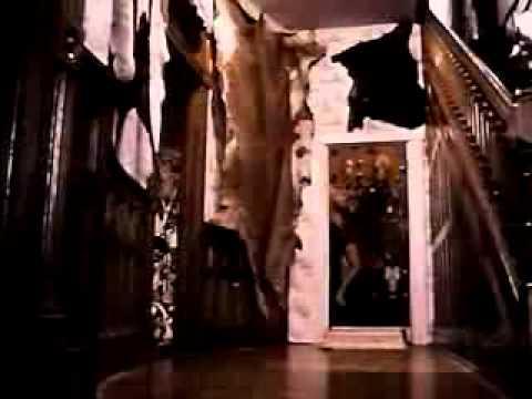 A texasi láncfűrészes (1974 - trailer).flv videó letöltés