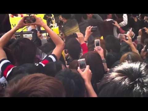 Đàm Vĩnh Hưng sôi động o Đài Loan