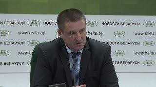 Заяц: Лукашенко поручил наказать виновных за задержку в уборке льна в Гомельской области