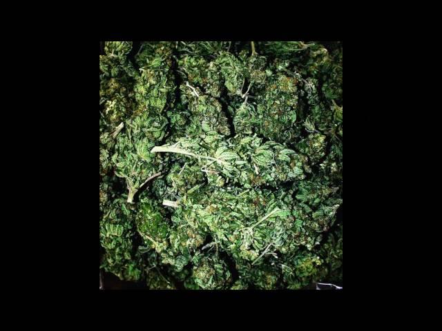 khmer kid-smoke weed