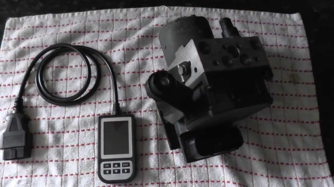 Bmw Abs Pump Module Amp Diagnostic Fault Reader Youtube