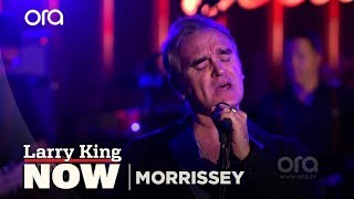 "Larry King Now: Morrissey Performs ""Kiss Me A Lot"" 