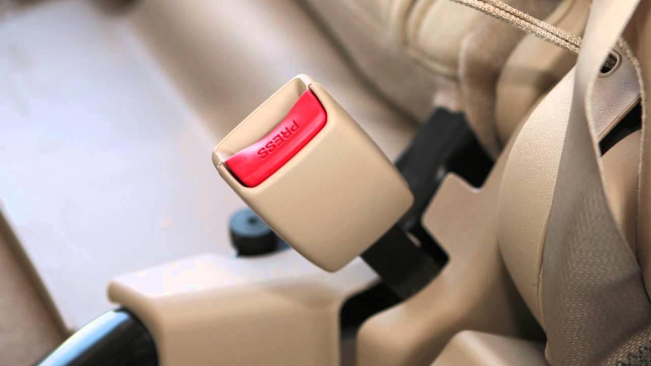 Nissan Rogue Owners Manual: Rear-facing child restraint installation usingLATCH