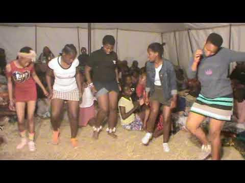 Umhlonyane KaThembelihle Part5 (amatshitshi)| ZULU Tradition| RSA