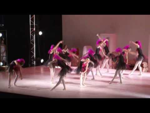 Spectacle Sara Eden: Dancing Dream