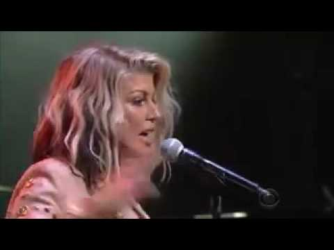 Fergie - Life Goes On (Live@ The Late Show With Stephen Colbert)