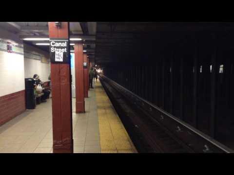 BMT Broadway Line: Queens, Brooklyn & Whitehall Street Bound R46 & R160 (R) (W) Train @ Canal Street